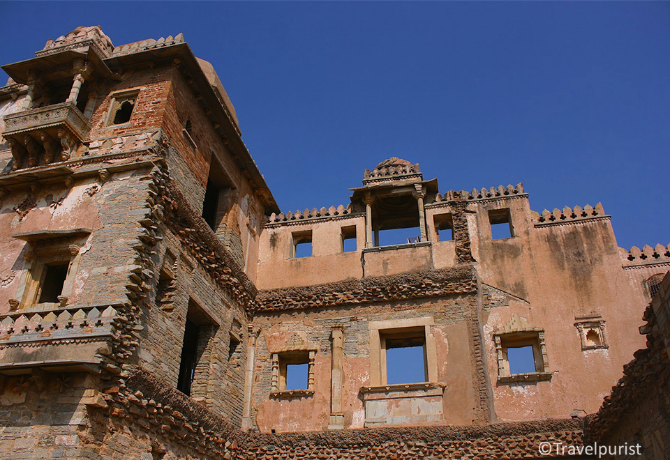 Chittorgarh, Chittorgarh fort, Chittaurgarh, Chittor, Chittaur, forts in India, history of India, forts in Rajasthan, history of Rajasthan, Vijaystambh in Chittorgarh, Victory tower, ruins of a fort, forts near Udaipur, Udaipur attractions, excursions from Udaipur, UNESCO World Heritage Site, history, Rani Padmini, Padmavati, Rajasthan, Rajasthan heritage, India, Incredible India, travel, heritage, architecture, archaeological ruins