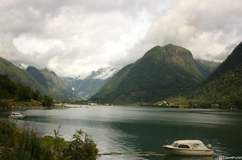 Kafka-On-The-Fjord-00